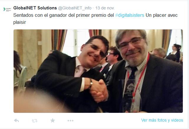 Tuit de José Ramiro Martínez con el primer ganador del premio #digitalsisters