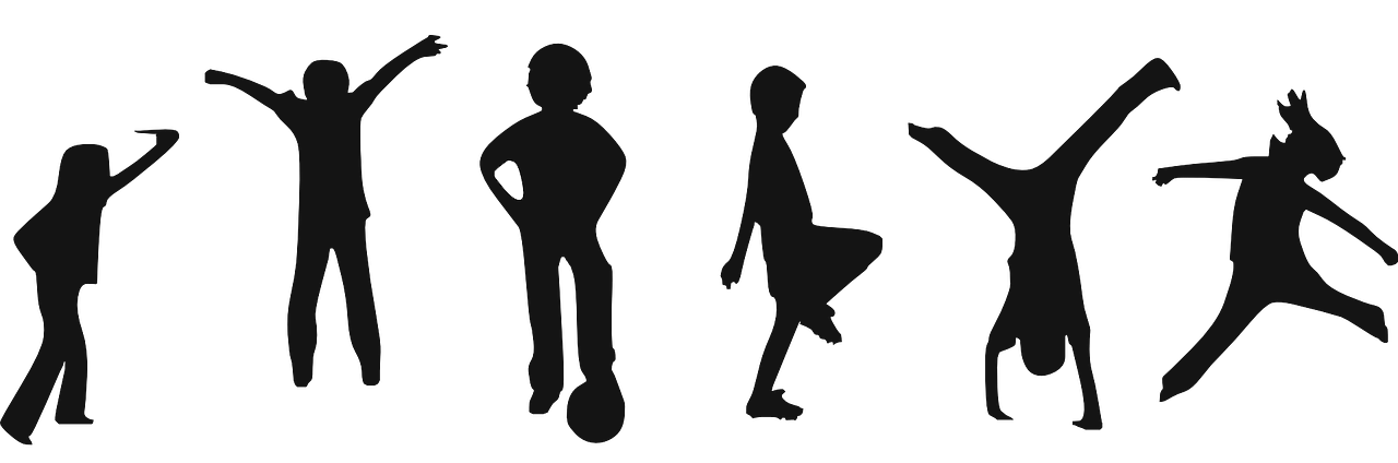 niños y niñas haciendo ejercicio divertido